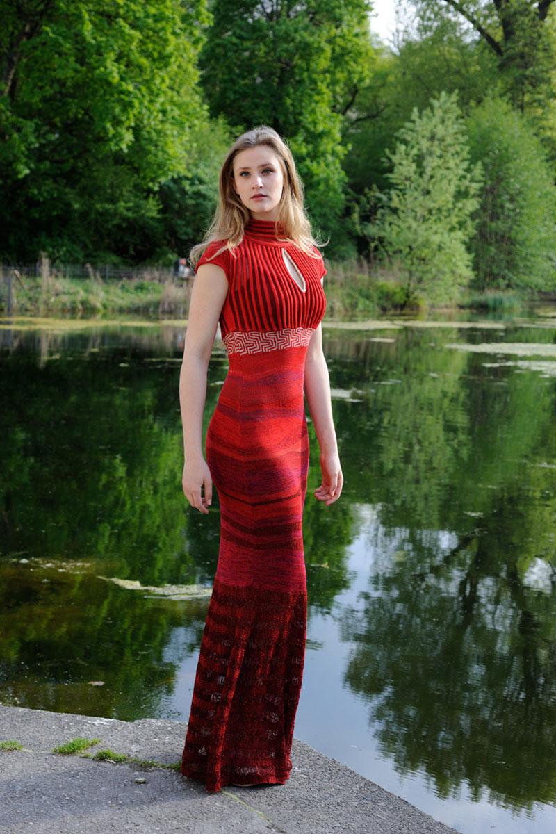 Rotes Abendkleid Strick