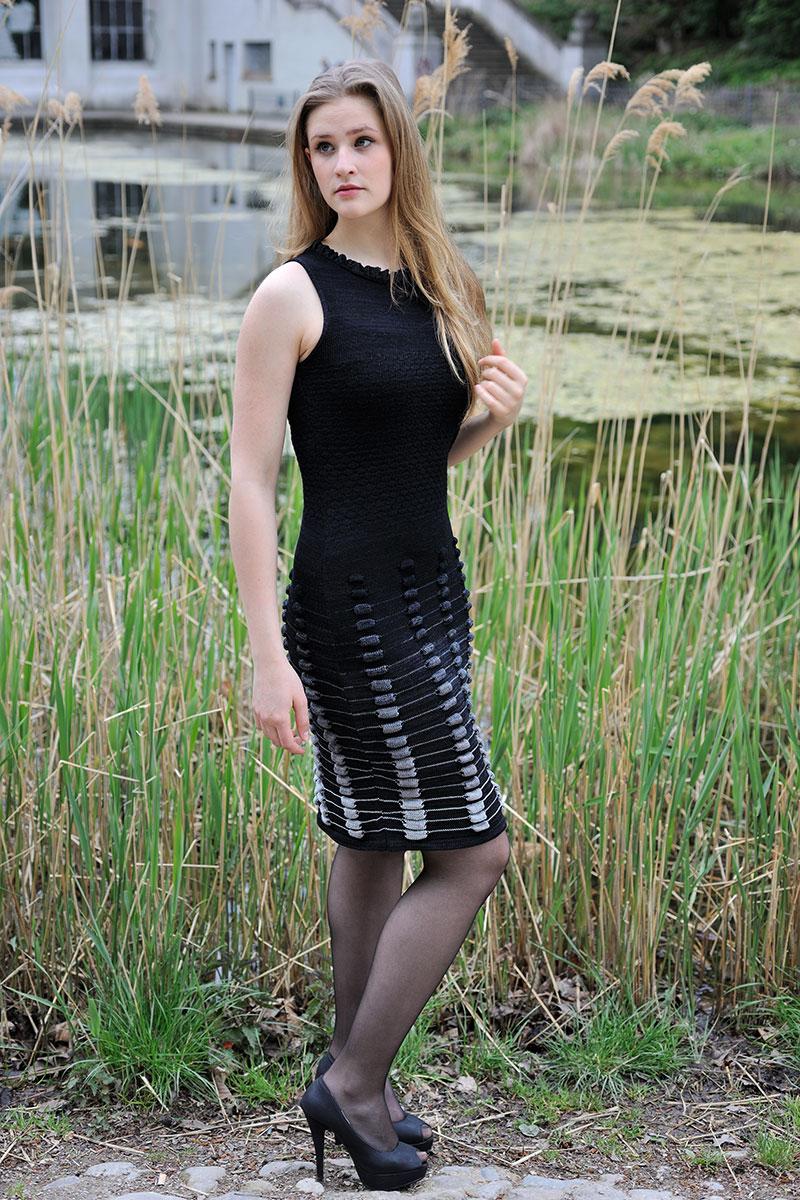 Sommerstrickkleid schwarz