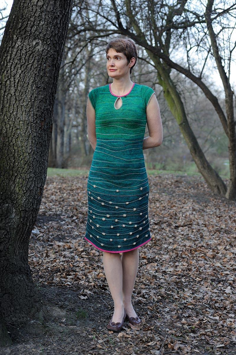 green_dress